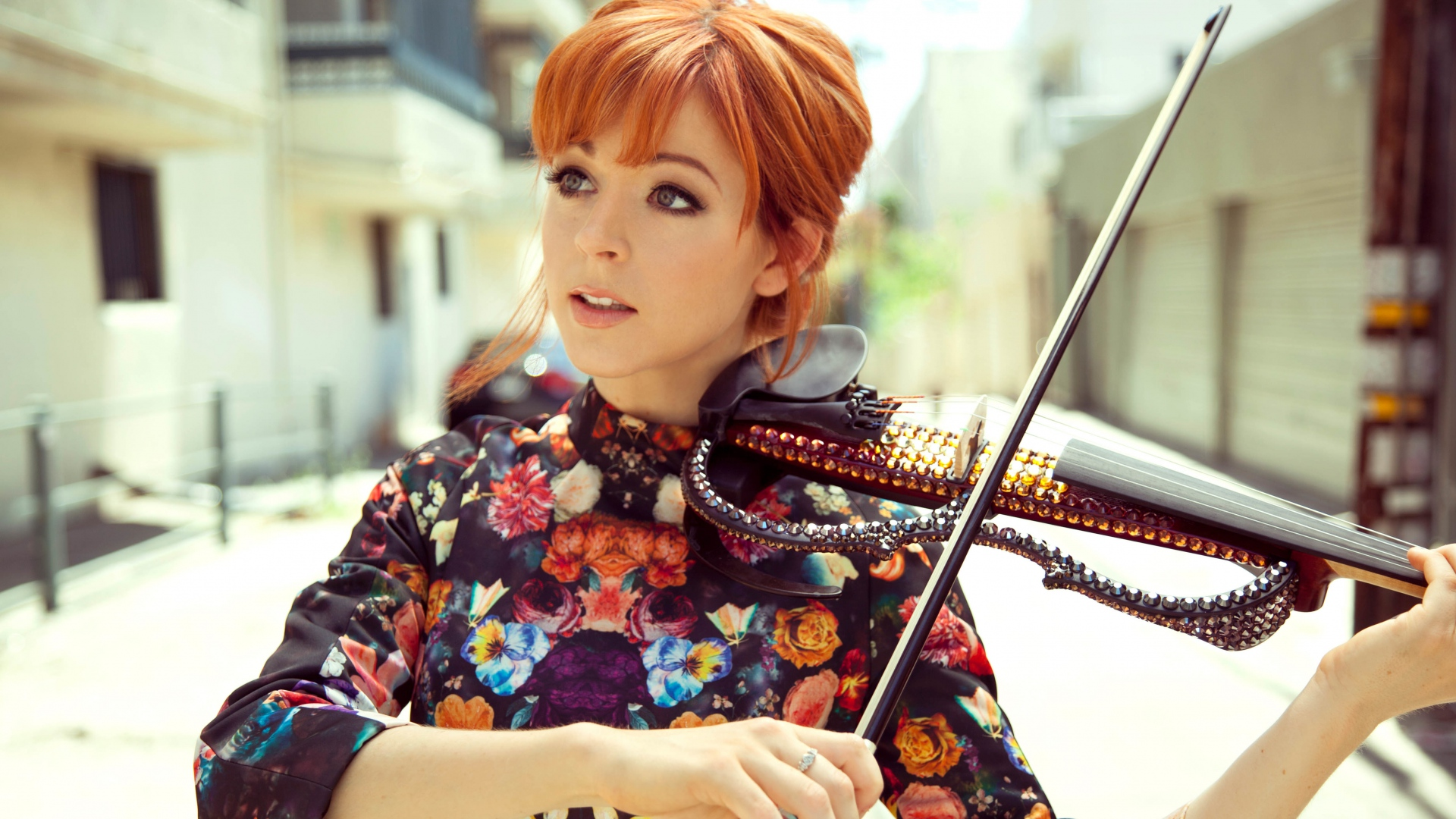 lindsey_stirling_violin_girl_musician_100465_1920x1080